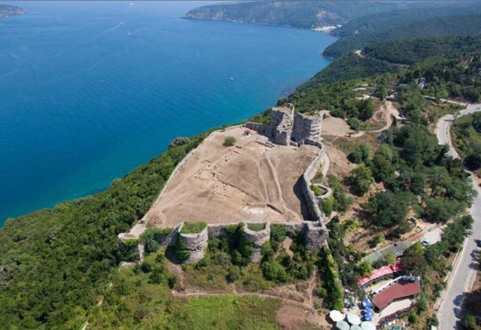 Yoros Castle in Istanbul | bdb architects | mimarlik | Istanbul ...